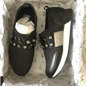 New Simply Vera wang black rhinestone sneakers